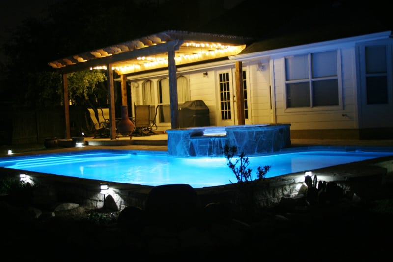 Perfect Outdoor Pool Lighting