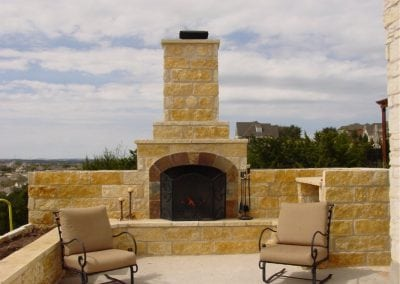 outdoor-fireplaces-14